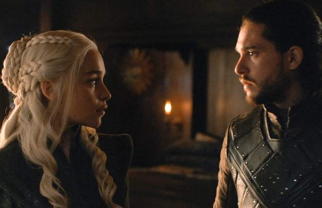 Fãs apostam que Daenerys e Jon vão se casar e assumir o Trono de Ferro juntos. Assim, fariam um governo mais justo. E já existe a torcida para que a Mãe dos Dragões engravide, apesar de ela ter afirmado ser infértil (Foto: HBO)