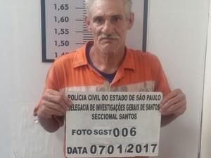 Estivador foi preso com droga em Santos (Foto: Divulgação/DIG Santos)