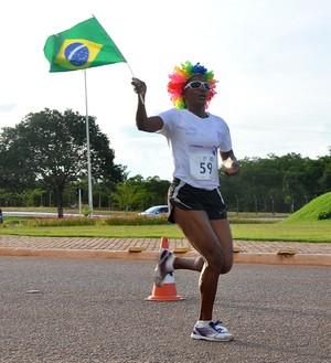 Ilza Madalena foi a campeã da I Corrida Feminina em Palmas (Foto: Samuel Costa/Fundesportes)