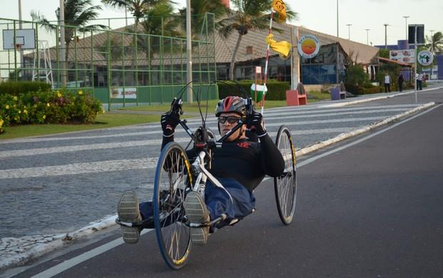 Ulisses Freitas procura apoio para disputar o torneio em São Paulo (Foto: Felipe Martins/GLOBOESPORTE.COM)