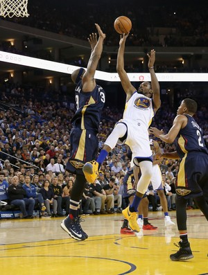 Kevin Durant Warriors x Pelicans NBA (Foto: Getty)