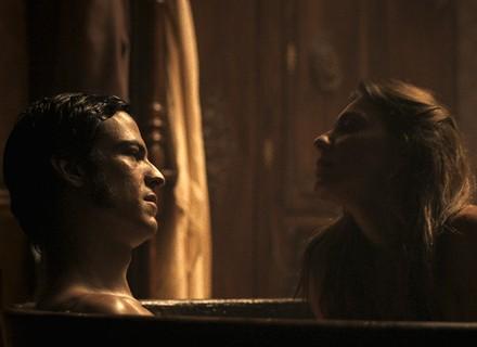 Rubião chama Anita para banho