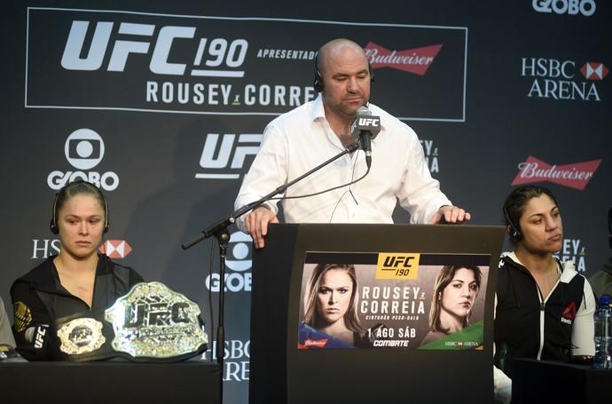 Ronda Rousey Bethe Correia coletiva UFC Rio 7 UFC 190 (Foto: André Durão)