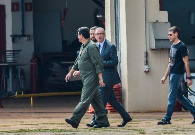 Eduardo Cunha embarca para Curitiba após prisão (Foto: Wilson Dias/Agência Brasil)