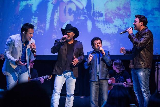 João Bosco e Vinícius com Rionegro e Solimões no lançamento do CD (Foto: Divulgação)