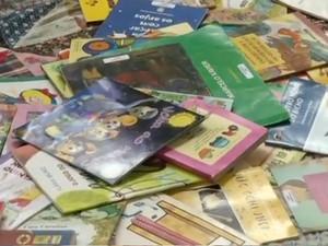 Leitura livros infantis obras literárias (Foto: Reprodução/TV Rio Sul)