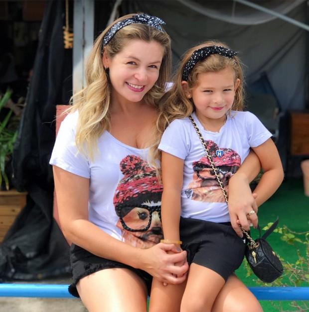 Bianca Castanho e a filha, Cecília (Foto: Reprodução/Instagram)