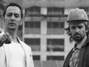 Irandhir Santos e Julio Andrade no filme 'Obra' (Foto: Divulgação)