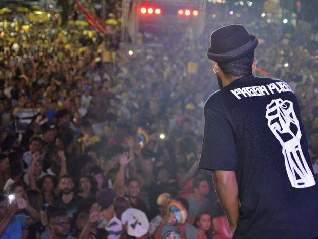 Russo Passapusso colocou o público para cantar (Foto: J. Pereira/Ag Haack)