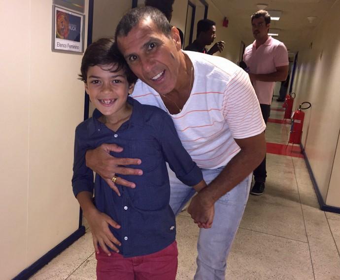 Enteado de Eri, Davi também marcou presença (Foto: Giuline Bastos/Gshow)
