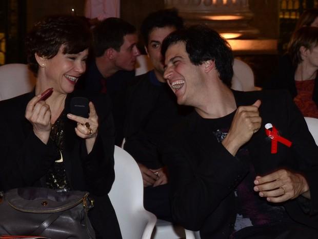 Júlia Lemmertz e Mateus Solano em prêmio no Rio (Foto: Roberto Teixeira/ EGO)