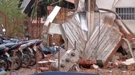 Concessionária tem parte da estrutura destruída por temporal em Rondonópolis