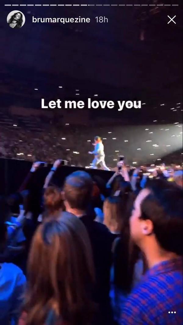 Bruna Marquezine em show de Justin Bieber (Foto: Reprodução / Instagram)