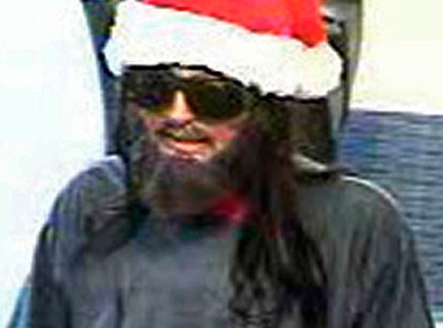 Ladrão usou gorro de Papai Noel para roubar banco (Foto: FBI/AP)