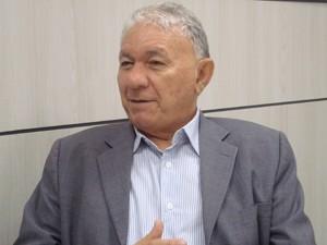 Reitor garantiu que turma aprovada para curso de Mídias Digitais iniciará ano letivo normalmente em 2012  (Foto: Krystine Carneiro/G1)