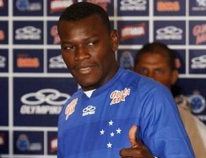 Paulão, zagueiro do Cruzeiro (Foto: Washington Alves / Vipcomm)