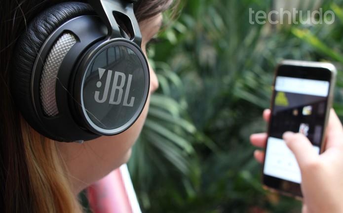 JBL Synchrios S400BT (6) (Foto: Luciana Maline/TechTudo)