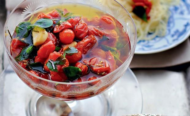 Tomatinhos em conserva (Foto: Rogério Voltan)