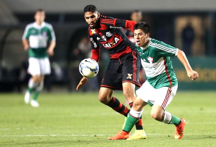 Cristaldo e Wallace, Palmeiras X Flamengo (Foto: JF Diorio / Agência estado)