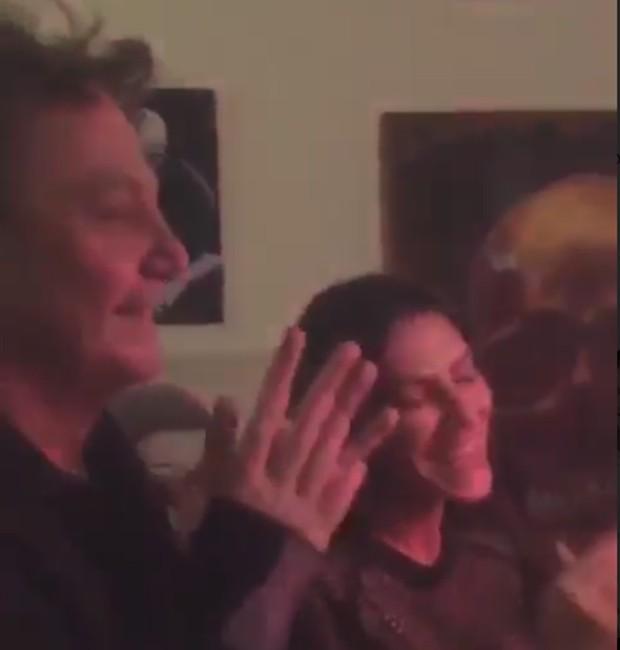 Fábio Jr. canta 'Parabéns' para a filha mais velha, a atriz Cleo Pires (Foto: Reprodução/Instagram)