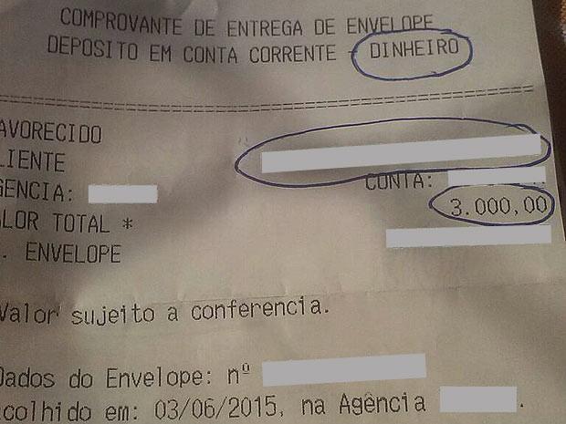 Comprovante de falso depósito usado para enganar mulheres no DF e convencê-las a filmar relações sexuais (Foto: TV Globo/Reprodução)