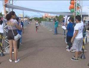 7ª Corrida Natalina é realizada em Porto Velho, RO (Foto: Reprodução/TV RO)