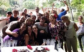 Cissa Guimarães e Flávia Garrafa ganham festa surpresa de aniversário