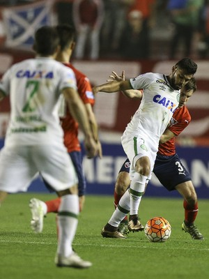Lourency Chapecoense contra Independiente (Foto: David Fernández/EFE)