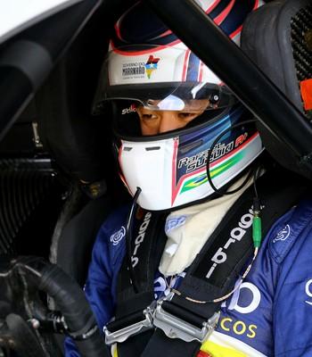 Rafael Suzuki se envolveu em dois acidentes e teve colocação abaixo da expectativa (Foto: Carsten Horst/Hyset)