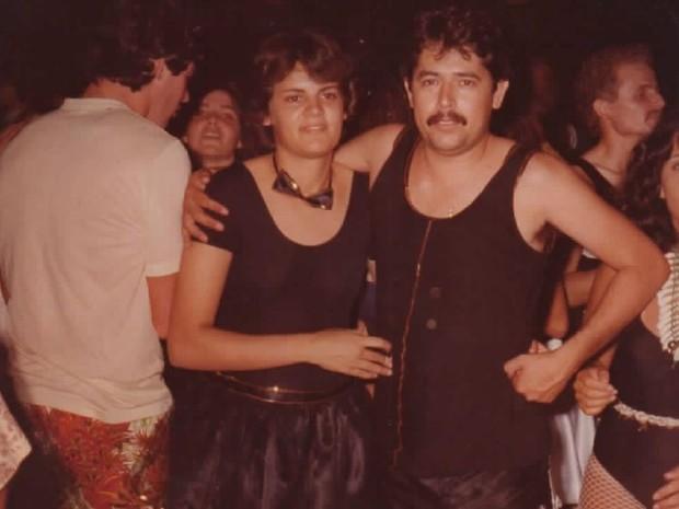 Casal se conheceu no carnaval de 1977 (Foto: Arquivo pessoal / Orisvaldo Quiquinato)