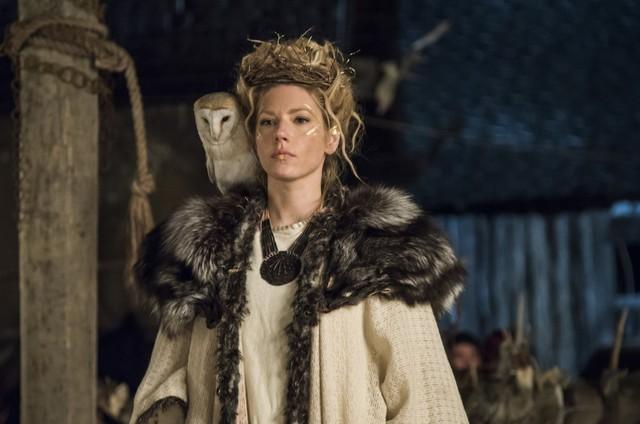 Katheryn Winnick em 'Vikings' (Foto: Reprodução)