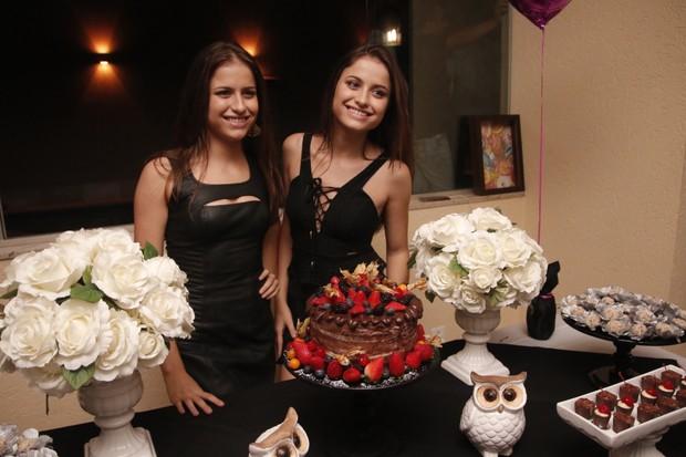 Júlia e Rafaela (Foto: Evandro José/EGO)