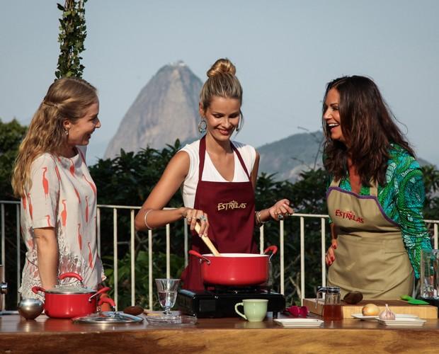 Mãe e filha cozinham no Estrelas (Foto: TV Globo/ Camila Camacho)