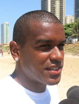 Fernando treino Shakthar Praia (Foto: Jorge Natan)