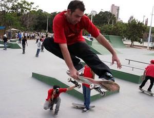 Pista de skate do Parque da Ilha em Divinópolis MG (Foto: ADS/Arquivo Pessoal)