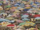 Cariocas e turistas se preparam para o réveillon e curtem o verão no Rio
