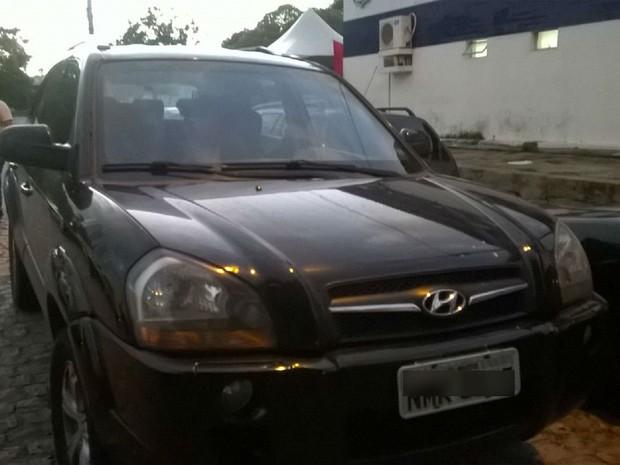 Veículo com queixa de roubo foi recuperado em Maceió (Foto: Divulgação/SSP-AL)