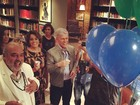 Elenco de 'Império' promove encontro de despedida da novela