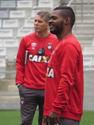 Atlético-PR Nikão (Foto: Fernando Freire)
