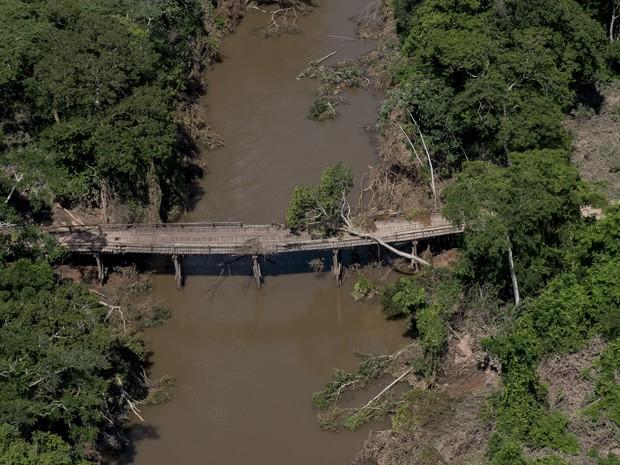 Comunidades rurais em Pontes e Lacerda, Porto Espiridião e Vila Bela da Santíssima Trindade, que estão 'ilhadas' após as chuvas fortes (Foto: GcomMT)