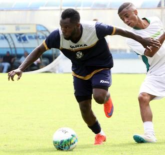 dija baiano, jogo-treino macaé x serra macaense (Foto: Tiago Ferreira / Macaé Esporte)