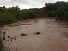 Bombeiros procuram por dois jovens desaparecidos no Rio Maranhão
