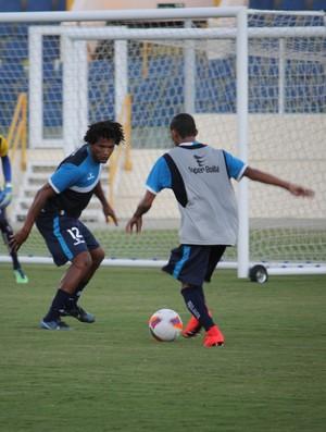 Ney Maruim pode estrear pelo Confiança neste domingo (Foto: Osmar Rios)