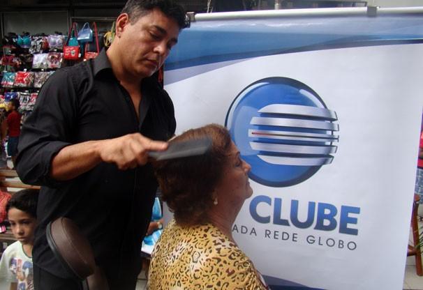 Telespectadoras ganharam serviços de cabelo e maquiagem (Foto: Katylenin França/TV Clube)