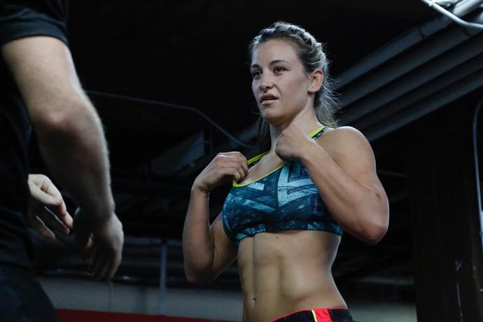 Resultado de imagem para UFC 205 Miesha Tate perde e anuncia aposentadoria