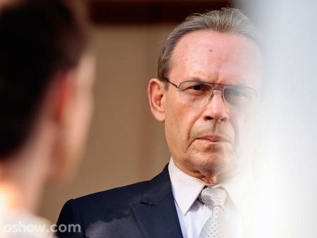 Herbert troca olhares com a ex (Foto: Pedro Curi/TV Globo)