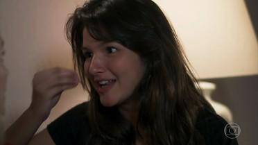 Luíza fala bem de Lucas para Tânia