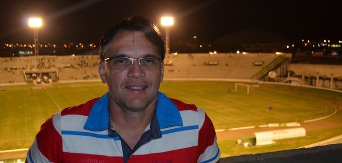 Ewerton Câmara, técnico do Santa Cruz de Santa Rita (Foto: Amauri Aquino / GloboEsporte.com/pb)
