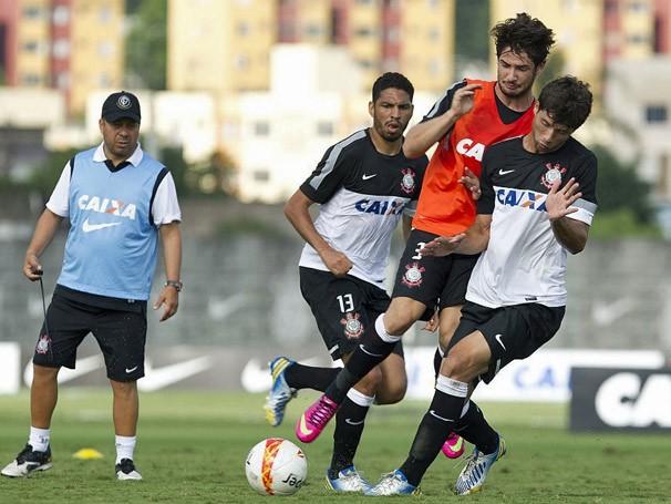 O campeão mundial treina para o início da temporada (Foto: Daniel Augusto Jr. / Agência Corinthians)