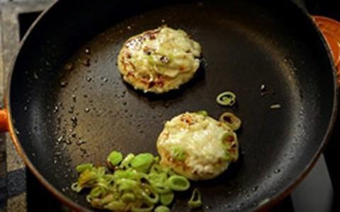 Hambúrguer de frango e maionese caseira light